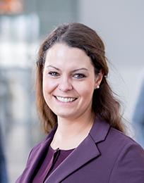 Nora Guth