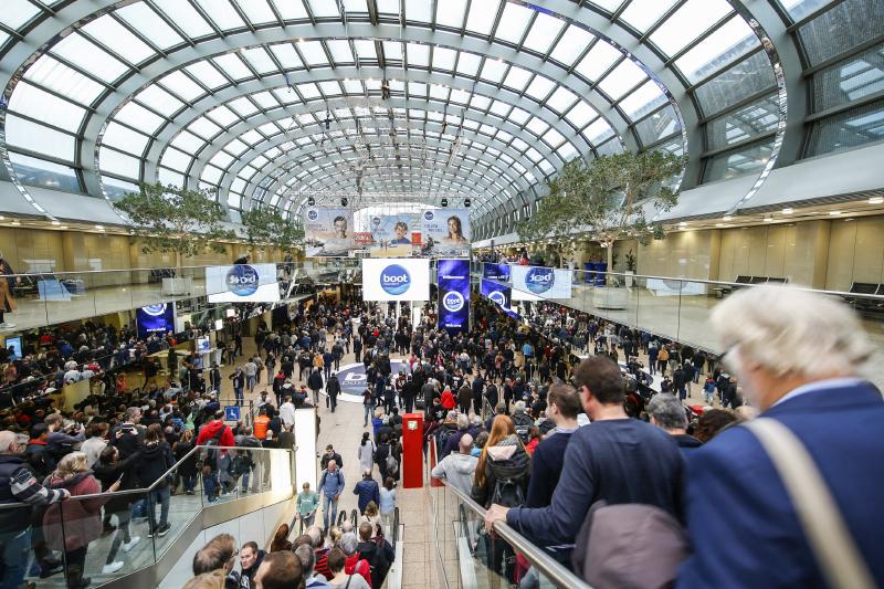 Besucheransturm im Eingang Nord zur boot Düsseldorf 2020.