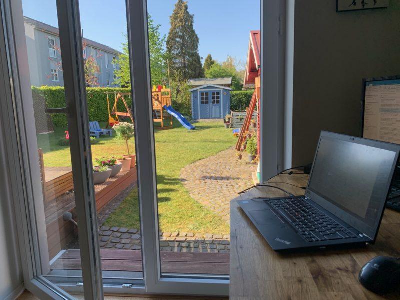 Bild Blick in den Garten